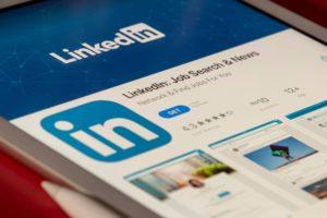 Linkedin insight tag article header